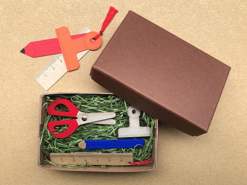 紙のブローチボックスギフトセット(文具セット)