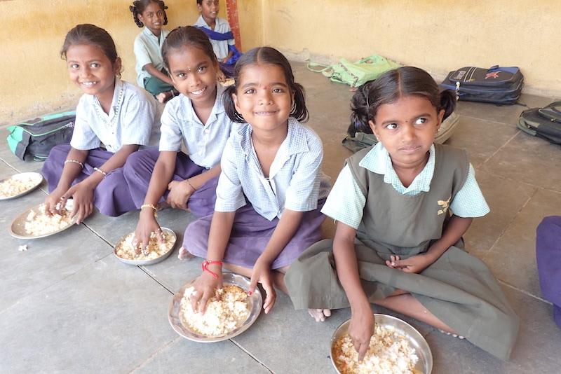 【寄付 3000円】子ども3人に1か月分の給食支援/nanadecor コットンの優しい気持ち2021