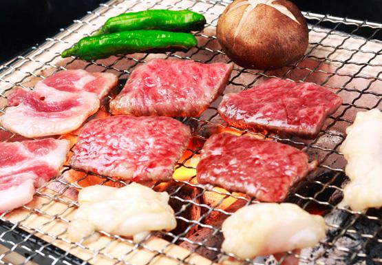 【送料無料】鹿児島県産黒毛和牛肩ロース焼肉セット
