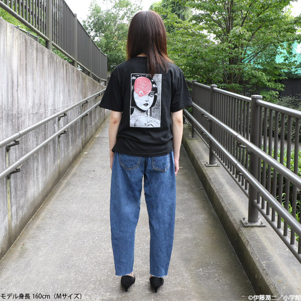 伊藤潤二「うずまき」Tシャツ 黒谷あざみ