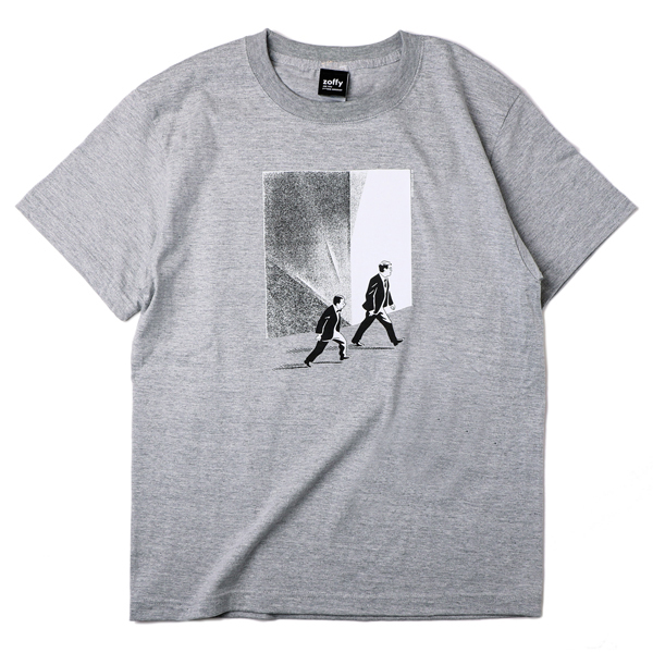 ゾフィー 「君はシリアス」Tシャツ