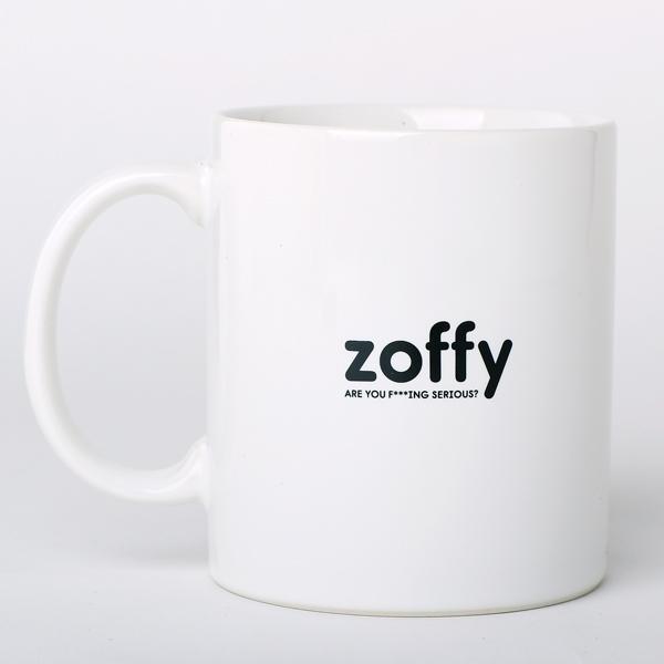 ゾフィー 「君はシリアス」マグカップ