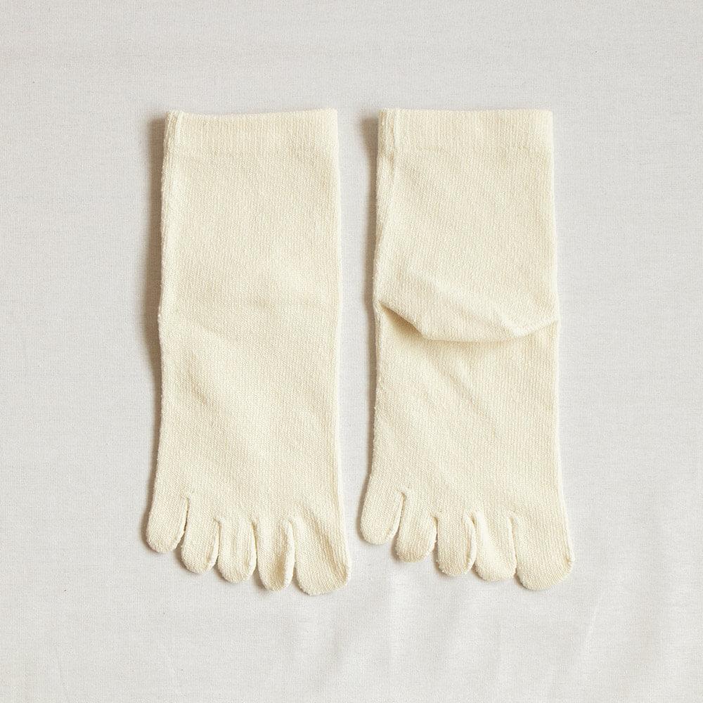 シルク紬糸五本指ソックス(23-25cm)