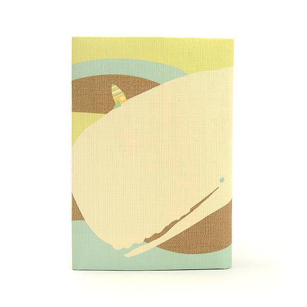 ふすま地ブックカバー<まつしまゆうこ> 白クジラ 1615