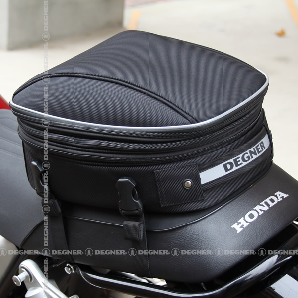 マックス21L 容量可変式シートバッグ/DEGNER ADJUSTER SEAT BAG (ブラック) [NB-151-BK]