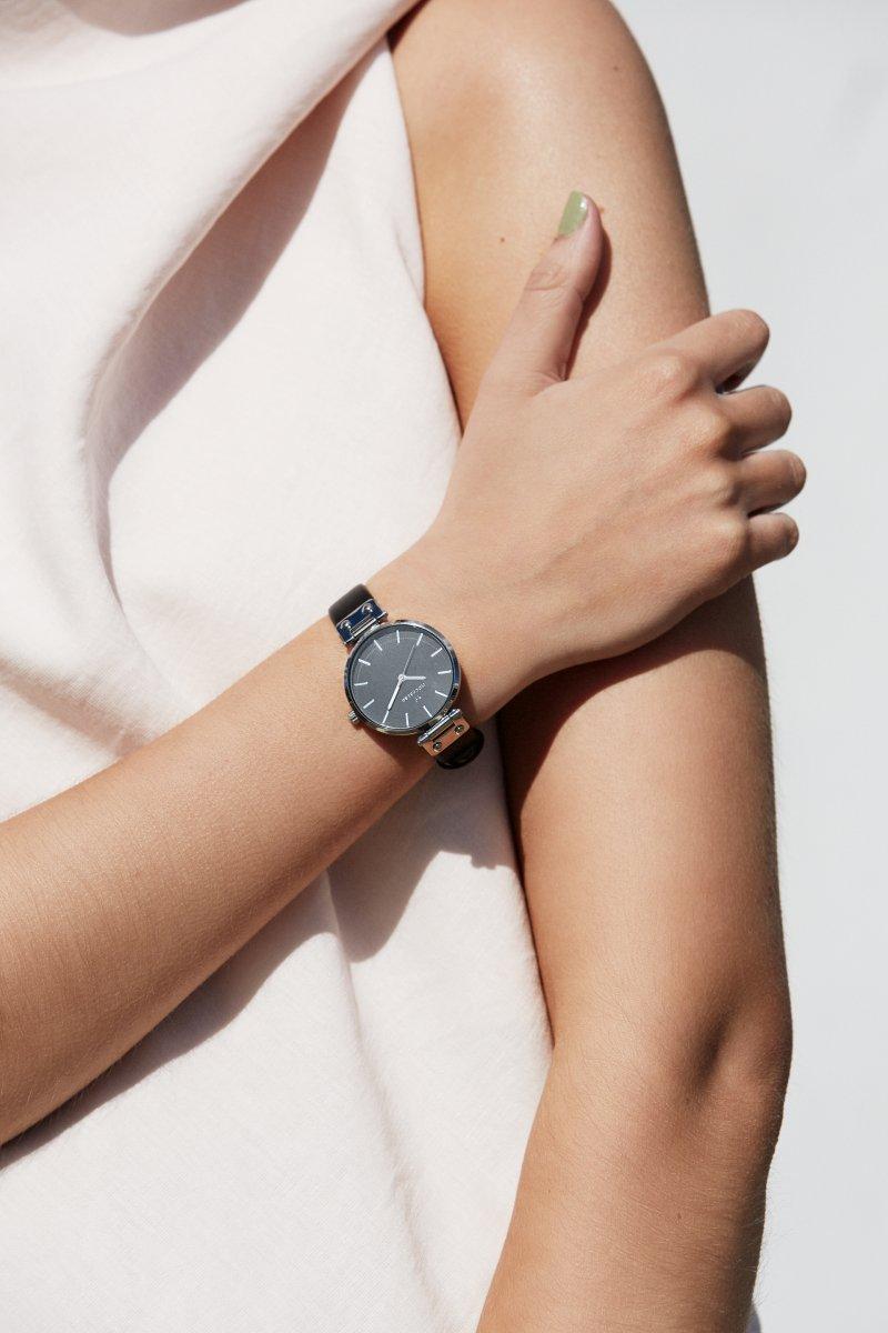 モックバーグ 時計 レディース MOCKBERG Astrid Black 腕時計 34mm ブラック ブラックレザー MO111