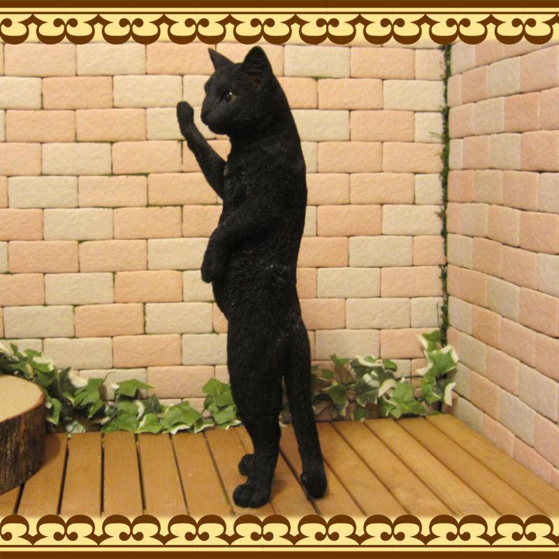 大きくてリアルなネコの置物 スタンドキャット ブラック くろねこのフィギュア 黒猫オブジェ お部屋のインテリアにお庭のオーナメントとしても