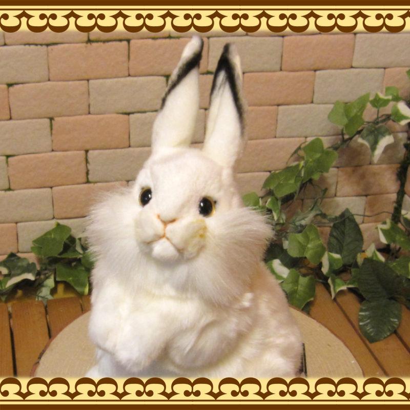 大きくてリアルなウサギのぬいぐるみ 白うさぎ 立ち姿 ウサギの置物 ラビットオブジェ インテリア
