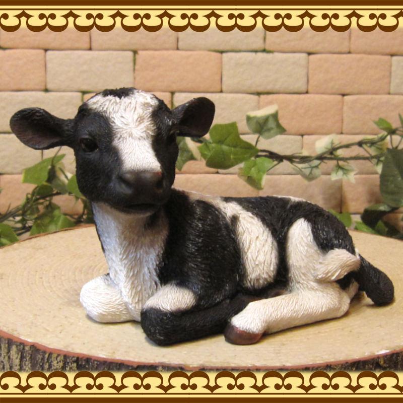 牛の置物 ウシ 座り 丑年 オブジェ レジン製 うし フィギュア 縁起物 干支 インテリア ガーデニング素材