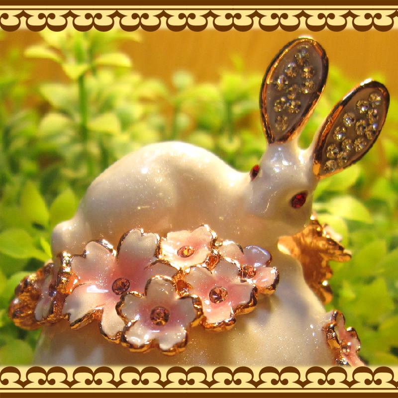 ウサギの置物 桜とうさぎ 小物入れ ラビット バニー ジュエリーケース 宝石箱 トリケンボックス インテリア