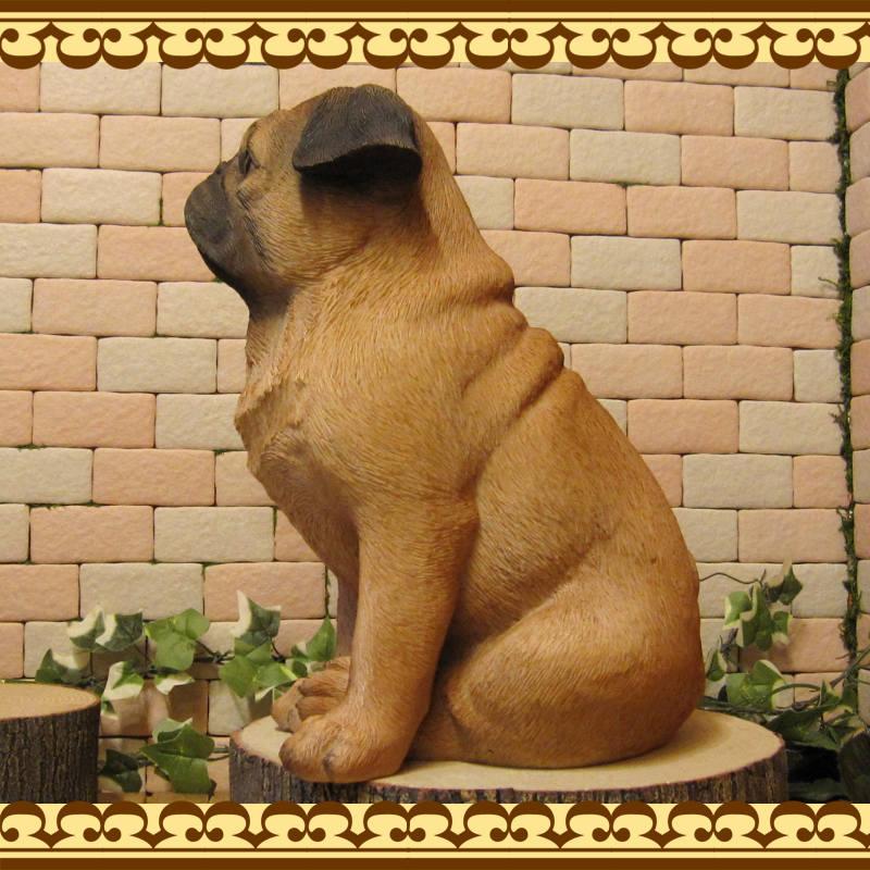 犬の置物 パグ ラージサイズ Bタイプ いぬ イヌ 動物オブジェ ガーデンオーナメント 装飾 フィギュア モチーフ インテリア 玄関先 庭 雑貨