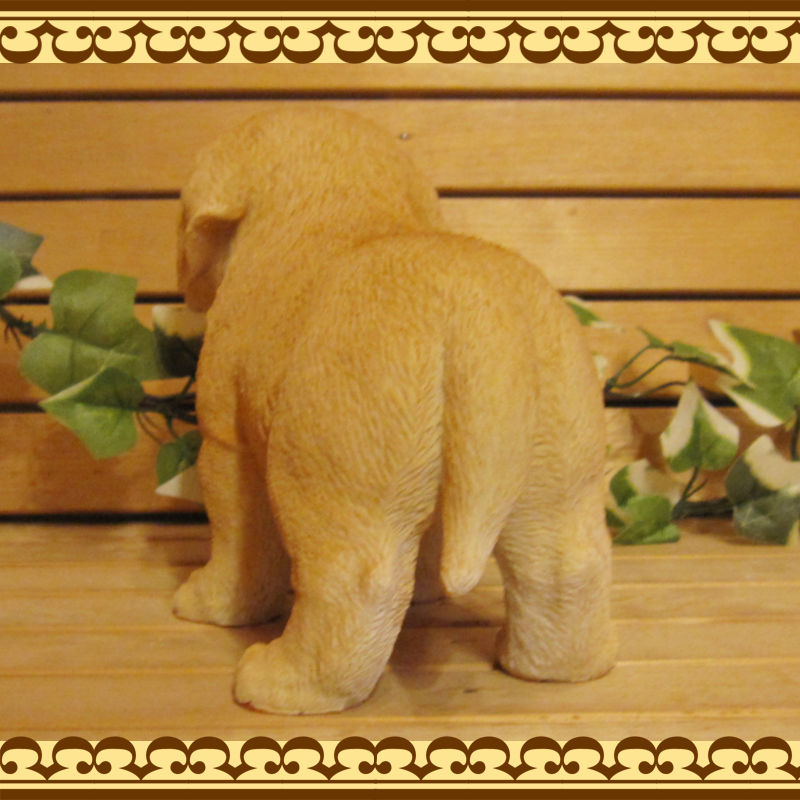◇お部屋のインテリアにお庭のオーナメントとしても♪ リアルな犬の置物 ラブラドールレトリバー 子犬 スタンド