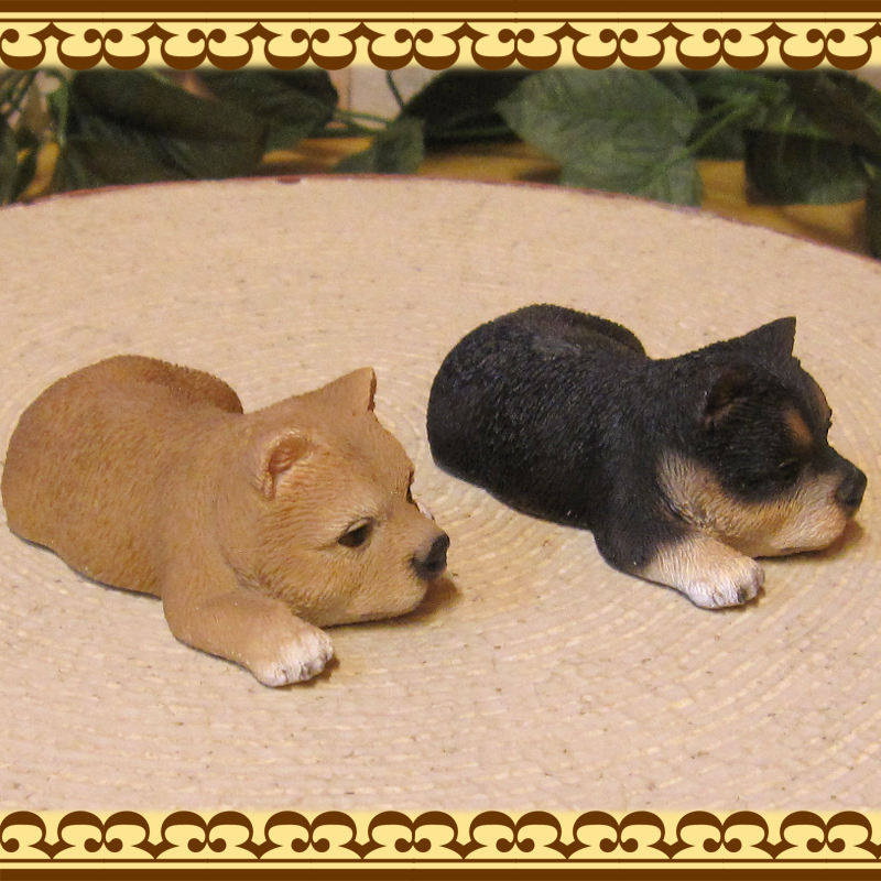 リアルな犬の置物 マグネットドッグ 柴犬 2種セット いぬのフィギア ドッグオブジェ ガーデニング 庭 玄関先 ◇お部屋のインテリアに、デスク周りのオブジェとして