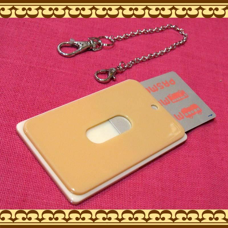 Suica、PASMOなど定期入れICカード乗車券ケースに! フラワーモチーフのパスケース