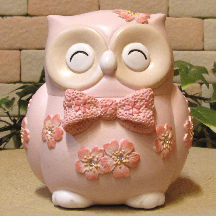 フクロウの置物 可愛い アニマルバンク さくら ふくろうの貯金箱 お花とリボンでおめかし 梟オブジェ インテリア