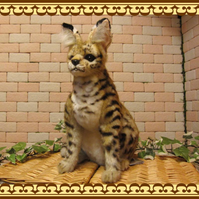 大きくてリアルな動物のぬいぐるみ サーバルキャット 座り 猫の置物 ねこ ネコのオブジェ インテリア フィギュア