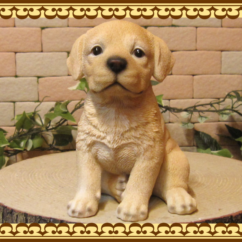 ◇お部屋のインテリアにお庭のオーナメントとしても♪ リアルな犬の置物 ラブラドール 子犬  お座り