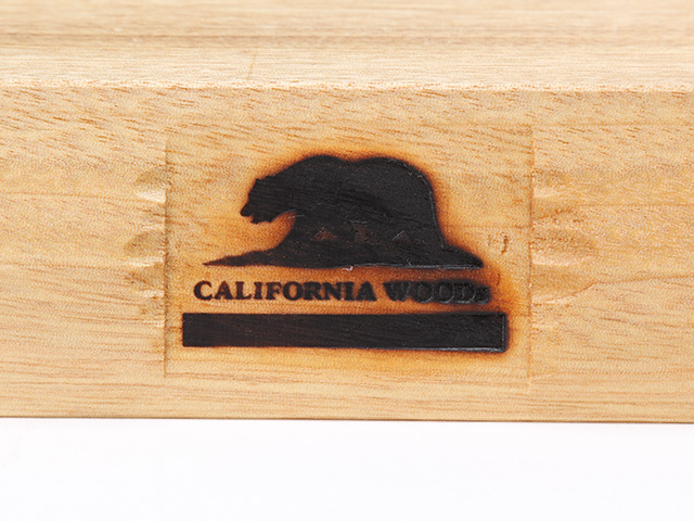 CALIFORNIA WOODs FIN STAND Multi