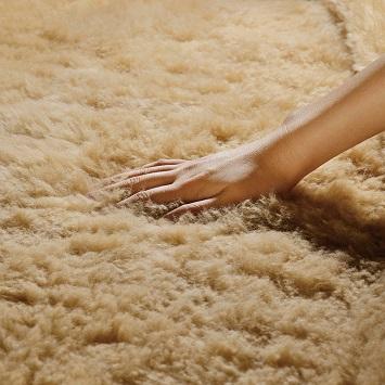 感動の柔らかさと抜群のかさ高ウール毛布クイーンズゴールド・ハイブリッド
