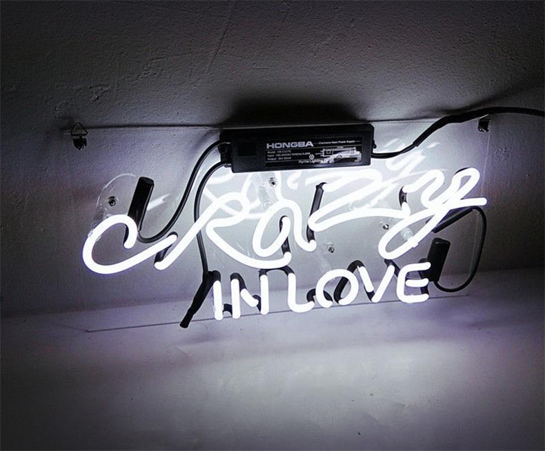 ネオン 管 サイン 『CRAZY IN LOVE』NEON SIGN ディスプレイ ボード、カフェ、喫茶店、広告用看板、クラブ及び娯楽場所等 インテリア、アメリカン雑貨14*6インチ白い