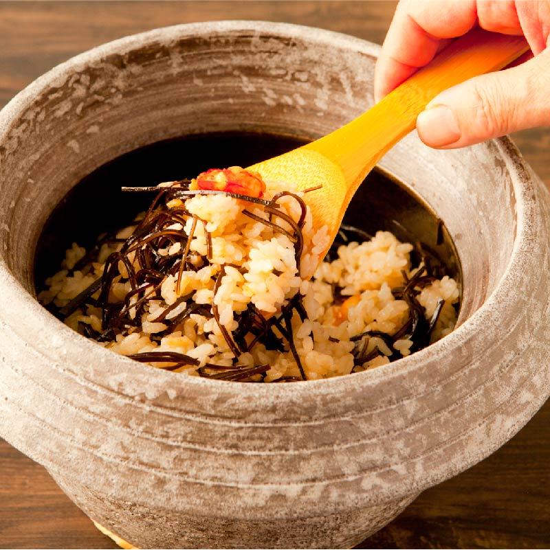 [日本料理店 きじま]海老と昆布の炊き込みご飯 2合分【冷凍】