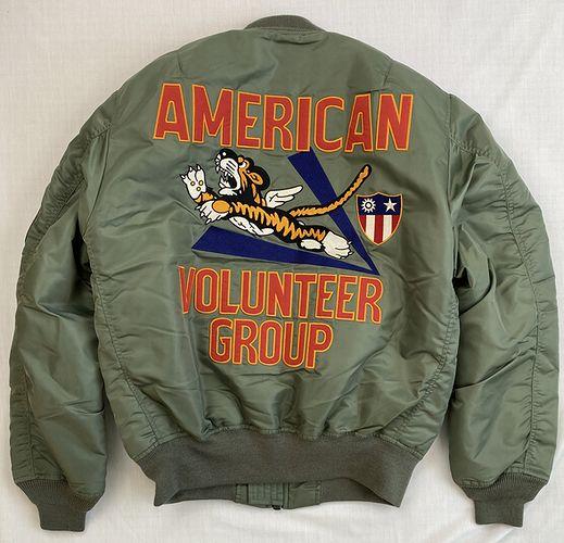 AVIREX 6102173 MA-1アメリカンボランティアグループ