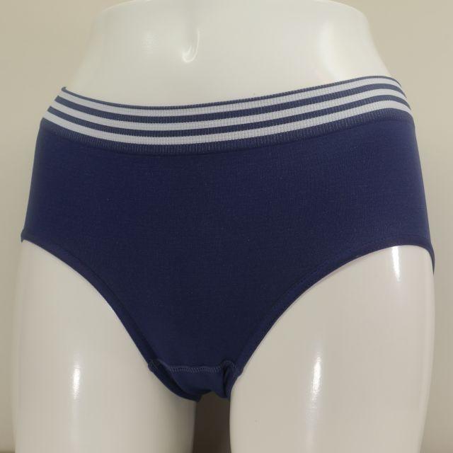 サニタリーショーツ  スタンダード型 紺色 M