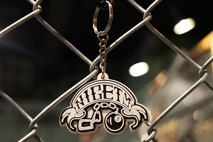 NICETY pvc keychain (8ball)