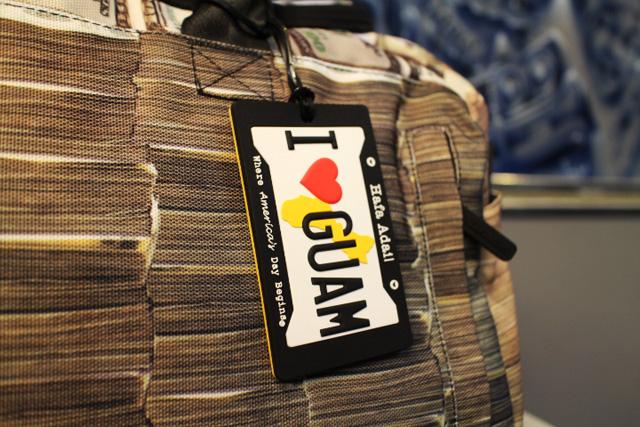 I love GUAM rubber baggage tag