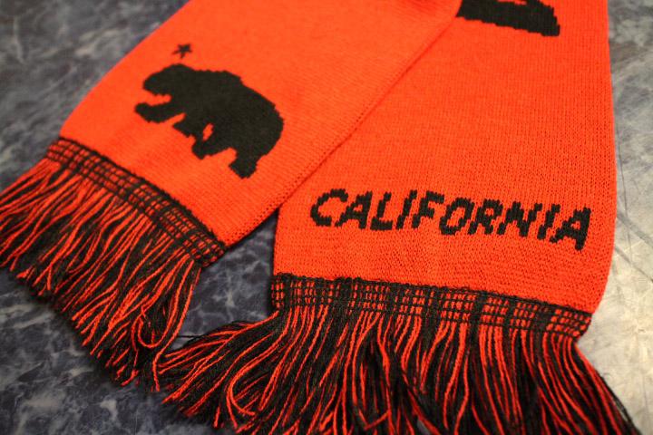 CALIFORNIA scarf マフラー / red