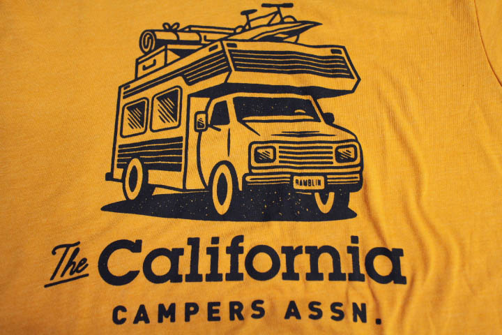 OLD NAVY Tshirt (campers) / mustard