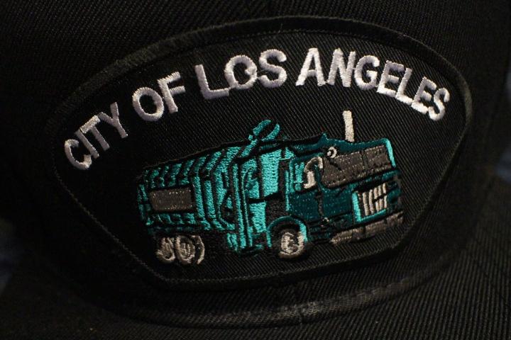 LA CITY official snapback cap (garbage) / black