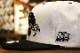 NICETY snapback cap (8ball) / white & black