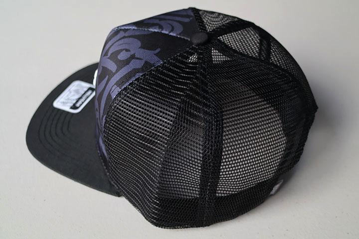 "NICETY ""N"" mesh flatbill trucker cap / black"