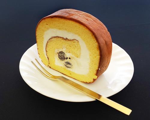 北海道産黒豆のロールケーキ