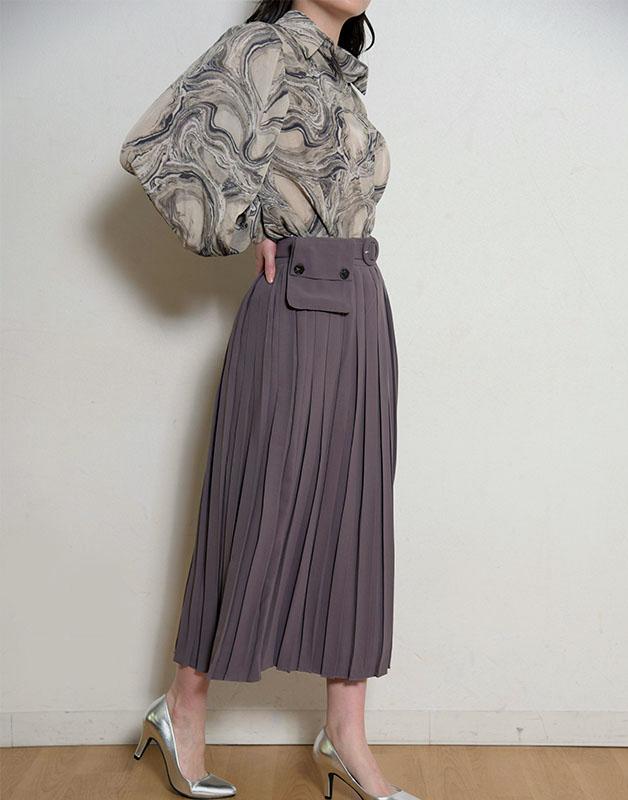 ポシェット付きプリーツスカート