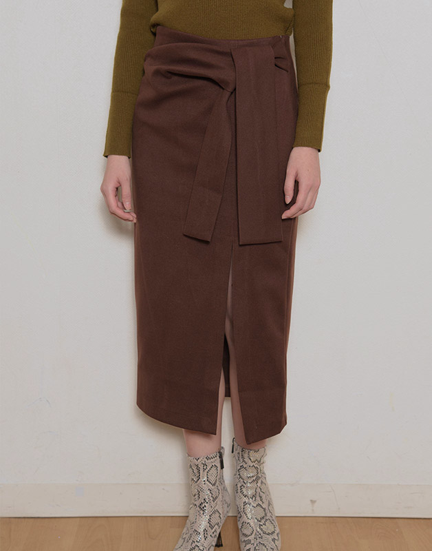 サイドリボンスリットタイトスカート