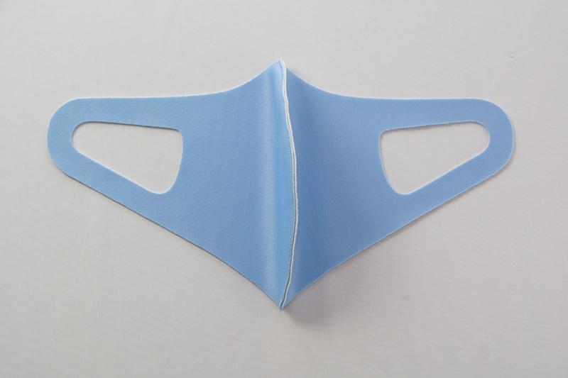 【日本製】衛士の盾 ease[イーズ]マスク リバーシブルタイプ ブルー/ホワイト[Mサイズ]