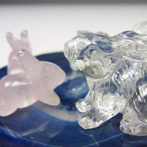 天然水晶 開運うさぎ  六匹のウサギ 〔5295〕