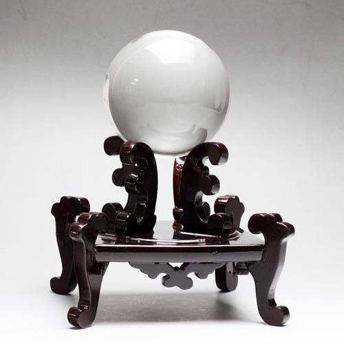天然水晶玉AAA クリスタル 78.5mm(2.59寸) 671.7g 木製台座・桐箱付き 最高級天然水晶 宝石鑑別書付き〔3639〕