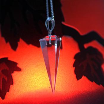 天然水晶ペンジュラム 六角錘型(答えを聞いてみよう) 〔0702〕