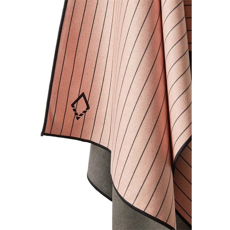 PINNER 04 PINK TOWEL