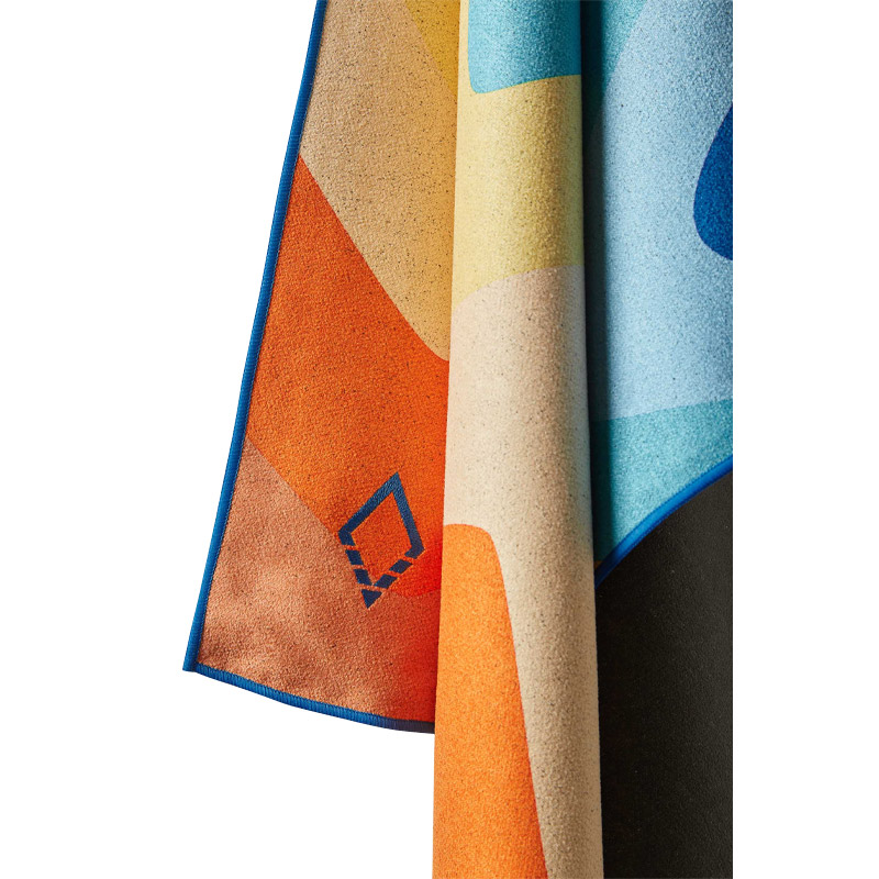 MELT 08 MULTI TOWEL