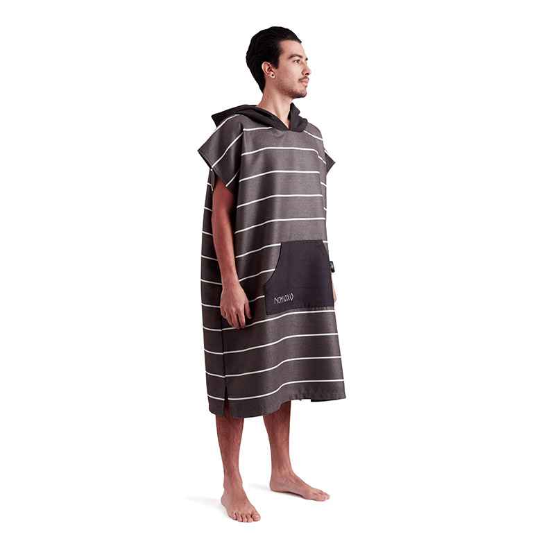 PINNER 03 BLACK CHANGING PONCHO