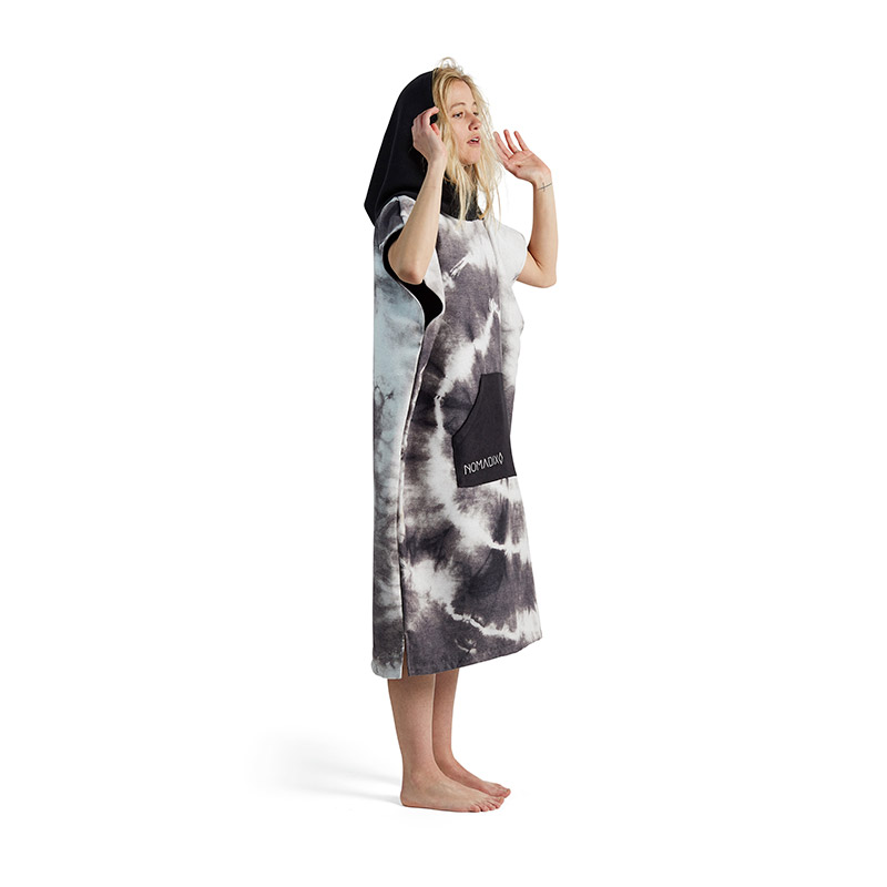 TIE DYE 31 BLACK CHANGING PONCHO