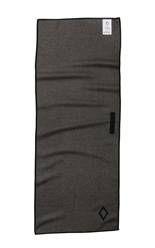 POOL SIDE 77 BLACK DO ANYTHING TOWEL