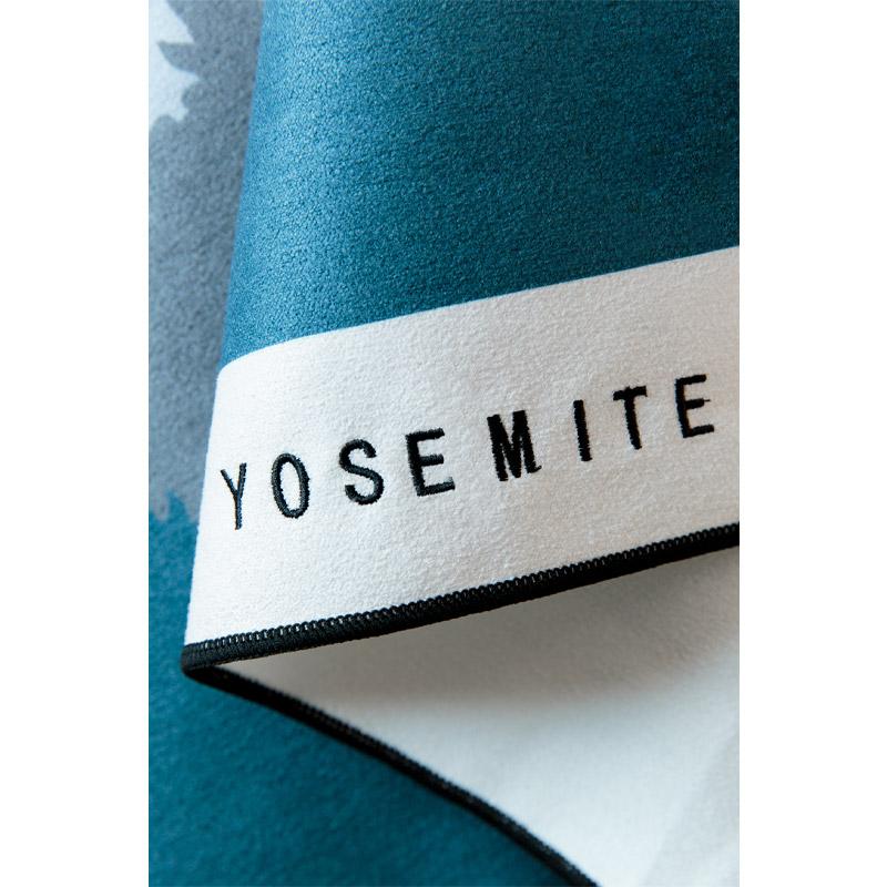 28 YOSEMITE TOWEL