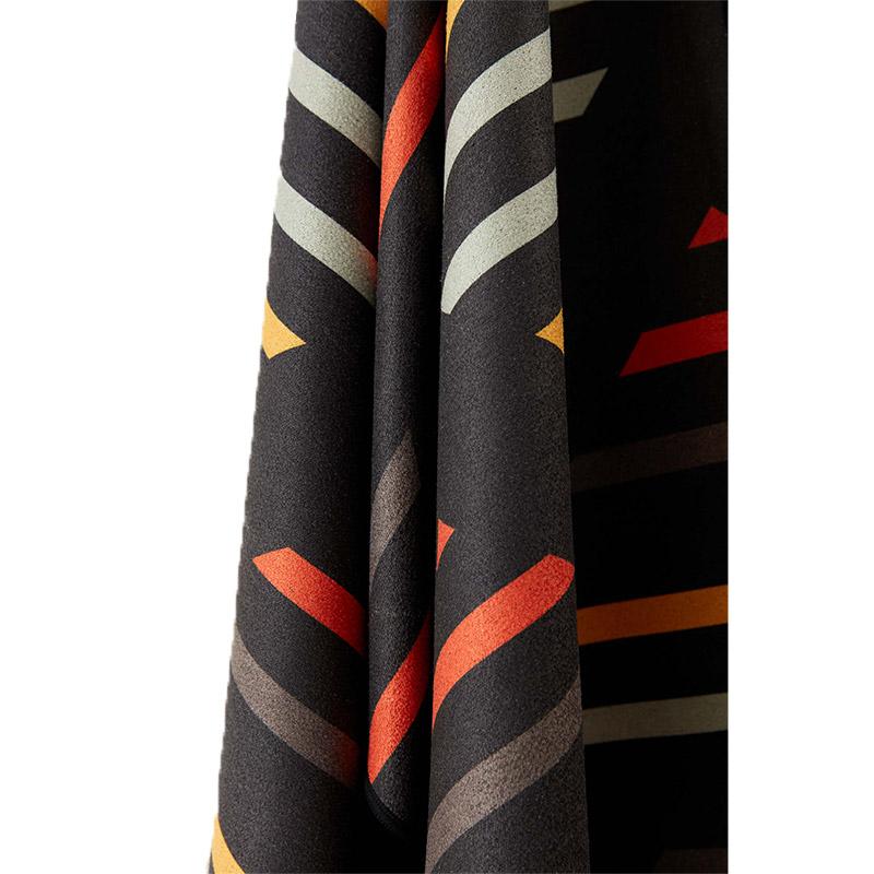 94 BREK BLACK TOWEL