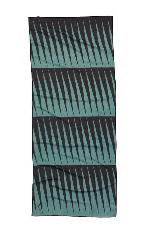 96 HEAT WAVE TEAL TOWEL