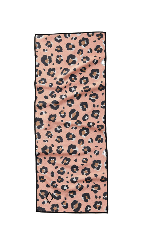 49 LEOPARD PINK DO ANYTHING TOWEL
